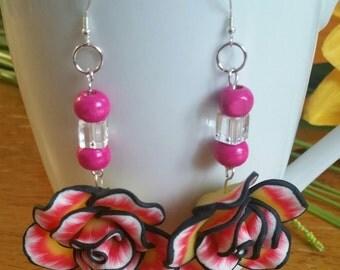 Flower power earrings in  bright pink