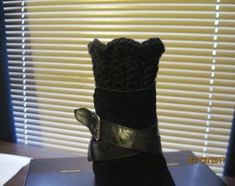 black crocheted boot cuffs
