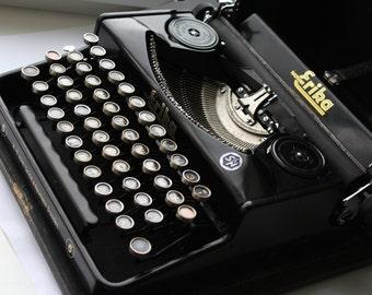 Antique typewriter Erika, Vintage typewriter Erika, Old typewriter Erika, typewriter