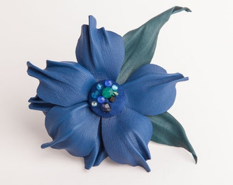 Blue flower leather brooch/hair clip