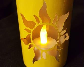 Tangled-Inspired Candleholder - Yellow/White