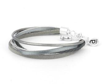 Bracelet 5 grey cords