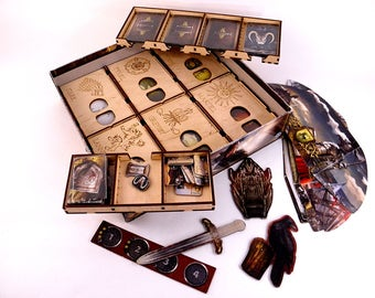 A Game of Thrones board game, wood insert, organizer