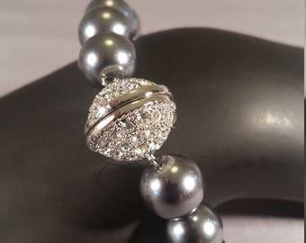bracelet black pearl rhinestone clasp