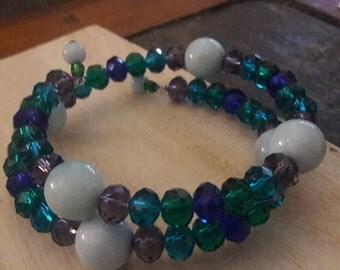 Claspless double loop bracelet