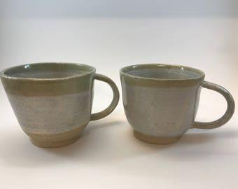 Set of 2 Stoneware mugs