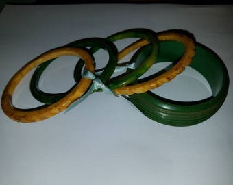 Set of 5 Green & Gold Bangles
