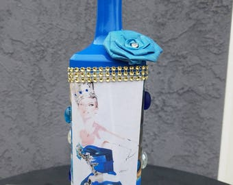 Decorative glass bottle custom made for you in blue