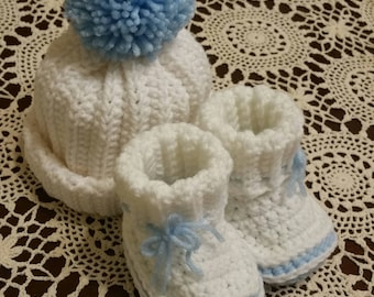 Baby Beanie and Booties/Baby Shower Gift