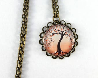Long necklace retro tree of life motif