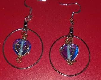 Dangle earring blue heart