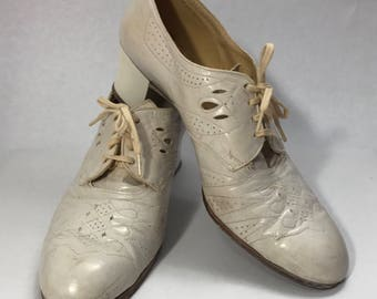 "1930's ""Nurse"" Heels"