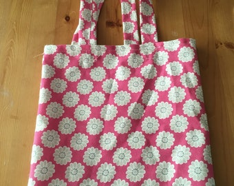 Retro print tote bag