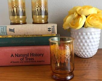 Small amber glass macrame print tumblers
