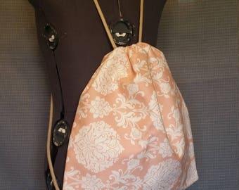 woman's cinch sack