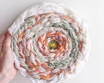 Weaving modern circular /Tissage / weaving round /Tissage wall / round weave / circle women wall hanging/fiber art