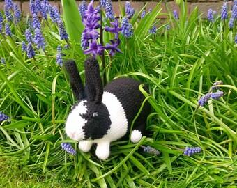 Crocheted Dutch rabbit