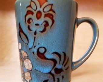 Vintage flower mug.