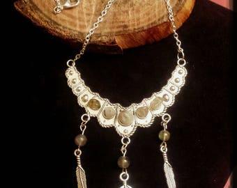 Plastron LABRADORITE necklace