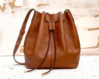 Honey Leather Bag, Drawstring Leather Bag, Honey Brown Leather Bag, Leather Shoulder Bag, Honey Leather Pouch, Olmo Goods, Honey Tote Bag