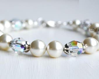 Cream Pearl Bracelet, Bridesmaid Bracelet, Mother of the Bride Gift, Bridesmaid Gift,  Bridesmaid Bracelet, Bridal Jewellery
