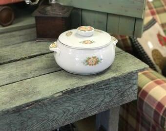 Vintage Hall Kitchenware