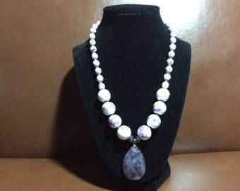 Beaded necklace white and purple, necklace pendant, necklace handmade