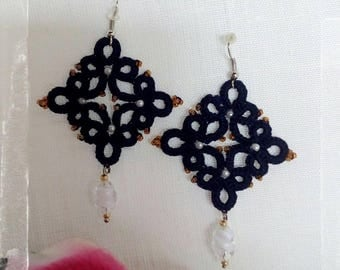 Tatting lace and pearls earrings