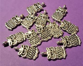 Antiqued Silver 3D Owls