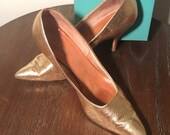 Gold LEATHER High Heel Shoes / Vintage 1950's STILETTOES / MANNEQUIN Designer Fifties Points / size 8 1/2