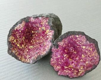 Split Half Magenta Gold Metallic Geode Druzy Drusy Specimen Geode Cave, Dyed Geodes Moroccan Geodes 3