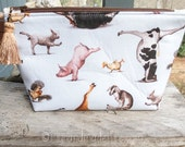 Farm Animals Fabric Makeup Bag || Lined Makeup Bag | Farm Animal Yoga | Yoga Gift Makeup Bag | Small Gift Under 20 | Camera Accessory Bag