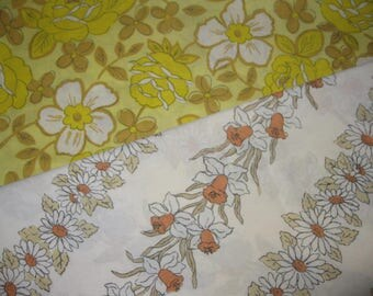 Vintage Pillowcases, Two Mismatched Pillowslips, Flowers Floral, Seventies 1970s Retro, Cannon Monticello