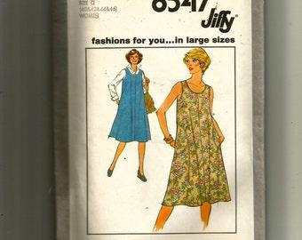 Simplicity Women's Jiffy Dress or Jumper Pattern 8547
