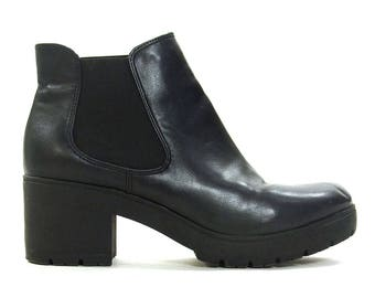 90s Platform Ankle Boots Vintage Steve Madden Clueless Chunky Slip On Black Faux Leather Vegan Chelsea Booties Block Heel Womens 8.5