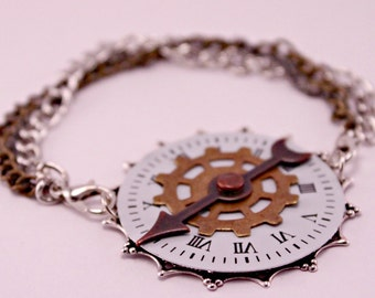 Industrial Steampunk Watch Face Part Gears Cogs Spinner Bracelet 7 Inches