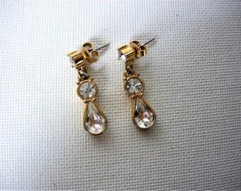 Sweet Vintage Rhinestone Earrings