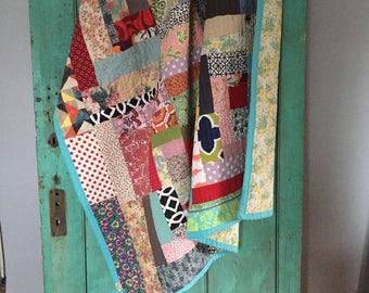 ready to ship -- housetop vintage styled quilt -- large throw