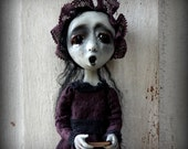 Loopyboopy Gothic Ghost Art Doll Ornament Creepy Dark Zombie Christmas Caroler