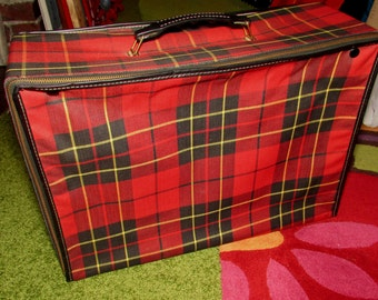 Vintage Red Plaid Soft Side Zippered overnight bag, luggage, suitcase, 60s, carrying case, storage container, home decor, red, black, tartan