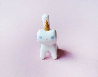Gold Horn Caticorn Cat Unicorn Totem Figure or Charm
