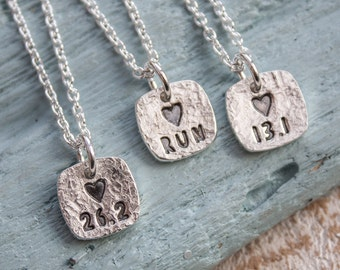 Runners Necklace, Runners Charm Necklace, gift for runner, marathon, half marathon, love to run, Runners Jewellery, Run jewellery, Running