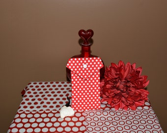 Pot Pouch in an envelope style red and white dotted fabric