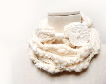RESERVED - Loop Infinity Scarf Necklace, Knit and Crochet Scarflette Neckwarmer - white cream yarn with giant clay button