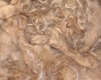 Icelandic fleece, 4 ounces, 6-7 inch  110