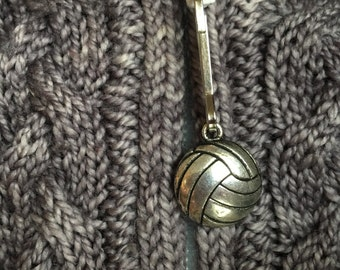 Volleyball Zipper Pull