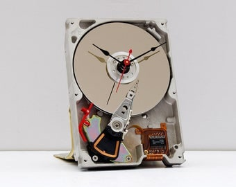 Recycled Computer Hard Drive Clock, computer geek clock, steampunk PC clock, upcycled computer parts clock, computer geek lovers clock