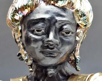 Black and Gold Figure of Compassion Kwan Yin Goddess Kannon Bodhisattva female Buddha