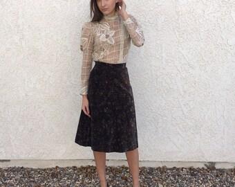 Vintage 70s velvet a line floral skirt