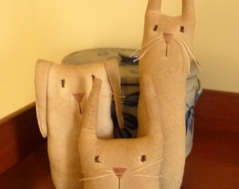 Primitive Easter bunny trio rabbit bowl filler tucks